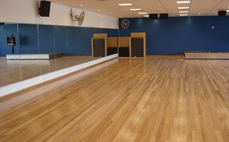 舞台地板_舞台运动木地板厂家_舞台地板品牌