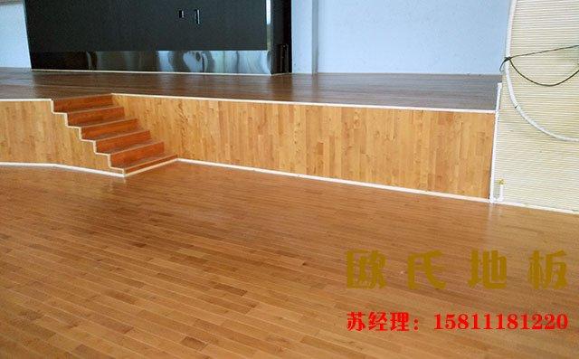 舞台木地板生产厂家专业打磨工艺