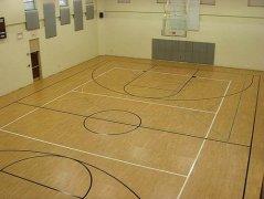 篮球馆体育运动木地板厂家安装包工包料价格多少钱一平米
