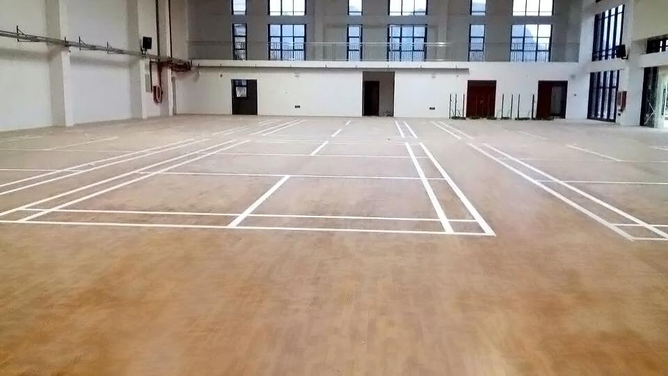安顺紫云县民族中学羽毛球馆木地板